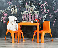 Комплект мебели (столик и стульчики),пластик,Украина