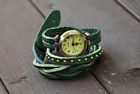 Молодежные часы на руку
