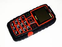 Телефон Land Rover AK8000 Оранжевый Противоударный (2sim, мощная батарея 5000 mAh, фонарик)