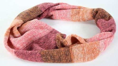 Теплый женский шарф-снуд Traum 2482-01