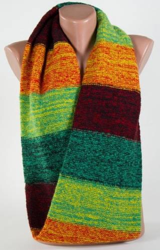 Красочный теплый женский шарф-снуд Traum 2482-04