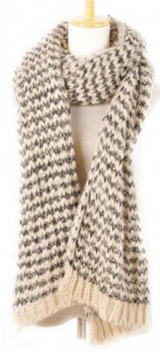 Теплый шерстяной женский шарф Traum 2483-01