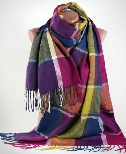 Теплый широкий мягкий полушерстяной шарф Traum 2493-62