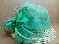 Шляпки кокос зеленая с цветком