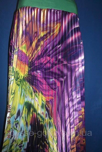 Объявление: Плиссированная юбка в пол стрейч-атлас, абстракция фиолетовая.