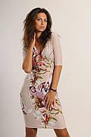 Красивое женское платье на запах