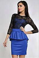 Женское гипюровое платье с баской сине-черное