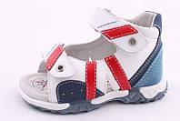 Детские кожаные босоножки (сандалии) B&G для мальчиков белые