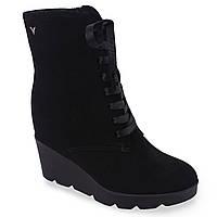 Стильные женские ботинки Viko ( замшевые, черные, зимние, на платформе, на танкетке, на шнуровках, есть замок)