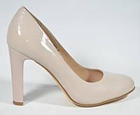 Туфли женские на каблуке Magnori бежевые