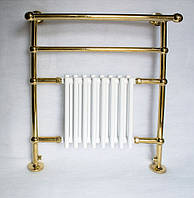 Конструкция в золоте с шарами и батареей из меди