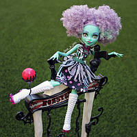 Кукла Хани серии Фрик Ду Чик Monster High Freak du Chic