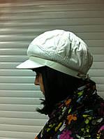 женская кепка из плащевки   цвет белый