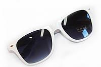 Белые солнцезащитные очки линзы со степенью защиты UV400