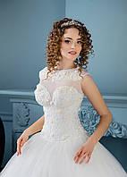 Свадебное платье для леди с роскошно украшенным корсетом