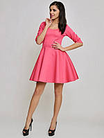 Красивое розовое платье с пышной юбкой, рукав три четверти