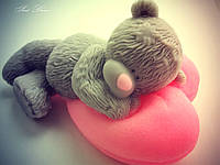 Мишка Тедди на сердце - мыло ручной работы на подарок на день влюбленных