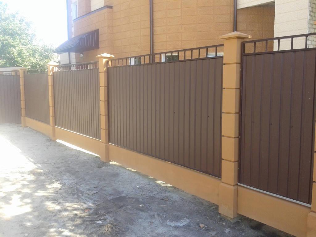 Забор из бетонных модулей