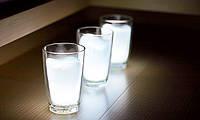Ночной светильник в виде стакана молока