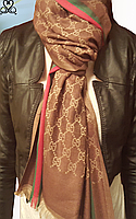Летний шелковый палантин Gucci
