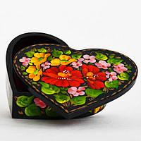 Шкатулка в форме сердца. Нежные цветы