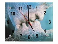 Часы интерьерные для влюбленных Нежный поцелуй