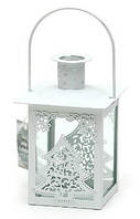 Подсвечник в форме фонарика со стеклом и декором, цвет белый