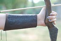 Крага (наруч) для стрельбы из лука