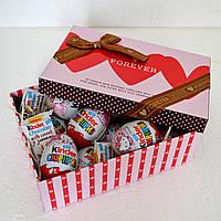 """Подарок из """"киндер-сюрпризов"""" для любимой девушки"""
