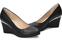 Женские туфли на невысокой платформе