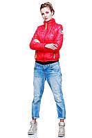 Элитная стеганная куртка на молнии с карманами спортивного стиля