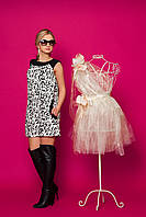 Удобное молодежное мини платье свободного кроя  с прорезными карманами