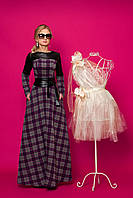 Элитное платье длинное в пол в клетку с кожаными вставками и перфорацией