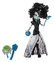 Кукла Монстер Хай Фрэнки Штейн Правление Вампиров Monster High Ghouls Rule Frankie Stein Doll