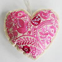 Фетровая вышитая валентинка