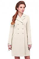 Молодежное пальто в пастельном тоне
