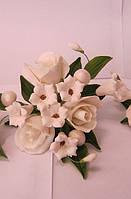 """Авторский букет""""Розы малый белый """" d 155 (код 01146)"""