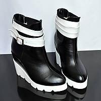 Стильные кожаные ботинки черно-белые. Зимний вариант, фото 1