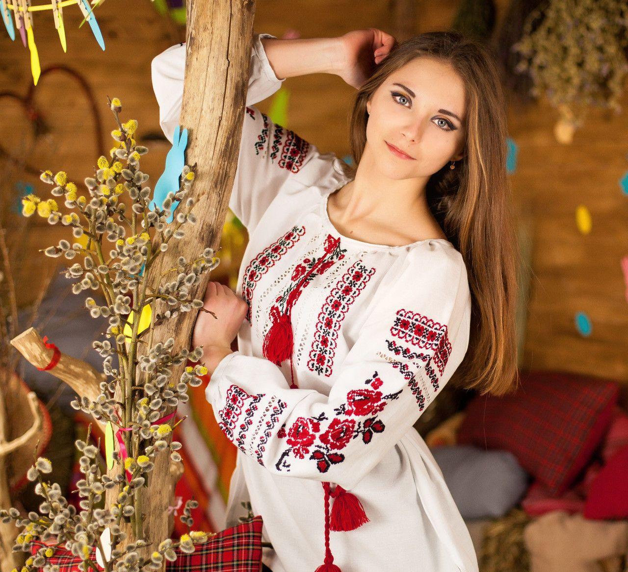 Красивая женская одежда доставка