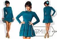 Красивое модное женское платье с пышной юбкой