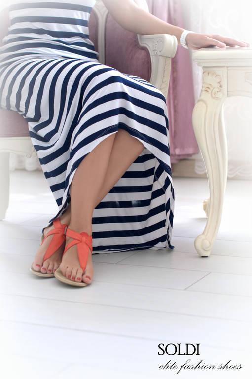 """Модель """"Лия"""" изготовлена из кожи """"фламинго сплошная"""" на бежевой подошве."""