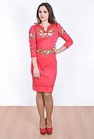 Летнее женское платье с модной вышивкой