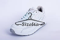 Женские кроссовки Nike Air Max white