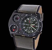 Мужские наручные часы OULM с ремешком хаки (термометр и компас бутафория )