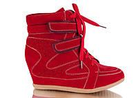 Модные женские красные сникерсы на шнурках с липучками