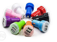 Универсальное автомобильное зарядное USB-