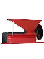 Ручная дробилка с гребнеотделителем Eno 3, бункер 900*500 мм, вал 96 мм, емк. 25 кг,Италия