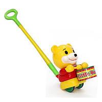 """Каталка для детей """"Медведь-барабанщик"""" на палочке Шантоу Микс"""