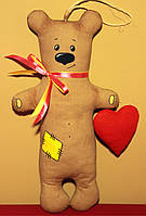 "Сувенир мишка ""Тедди"" с валентинкой (27 см)."