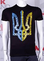 Мужские футболки яркие патриотические с украинской символикой